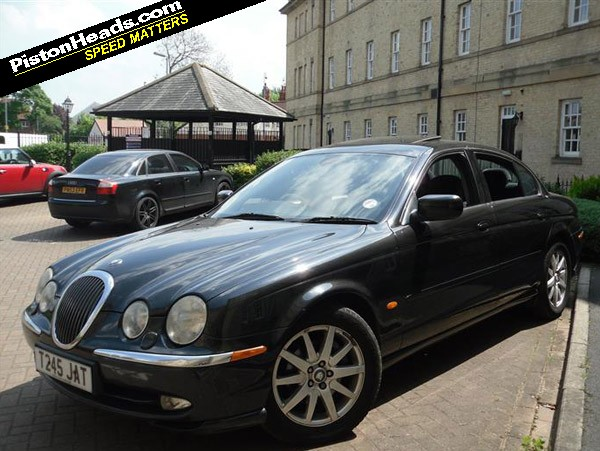 shed of the week jaguar s type v6 pistonheads rh pistonheads com manual jaguar s type 2005 manual jaguar s type
