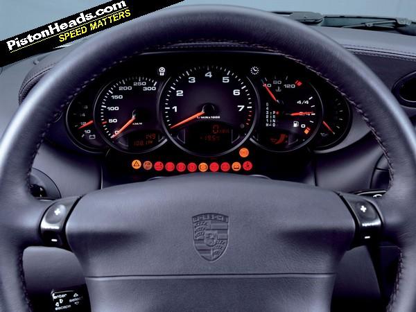Porsche 911 996 buying guide interior pistonheads for Porsche 996 interieur