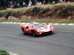 The Surtees/Hobbs T70 at Brands in 1967
