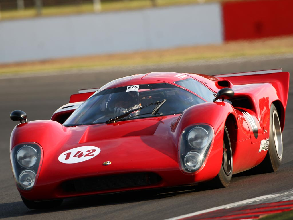 Racing a Lola T70: PH Blog | PistonHeads