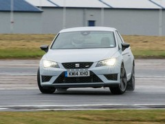 Leon Cupra also benefits from the VAQ system