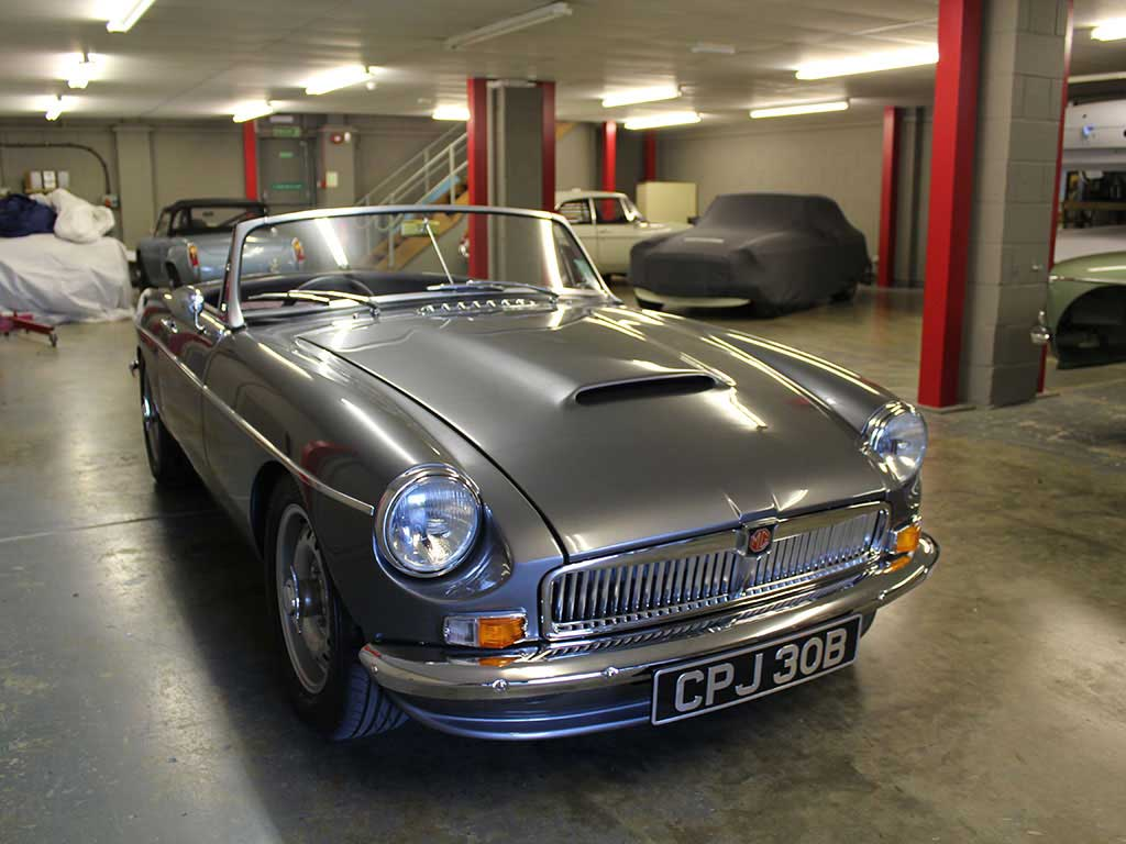 Glorious MGB Abingdon Edition Is England's Answer To Singer 911s