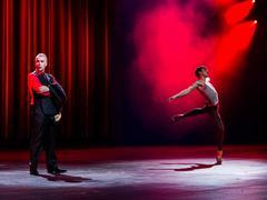 John Hannah and a ballet dancer; still no XE