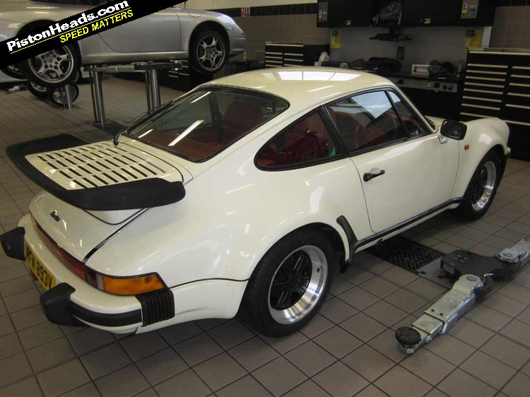 Porsche Brings 911s Back From The Shed Pistonheads
