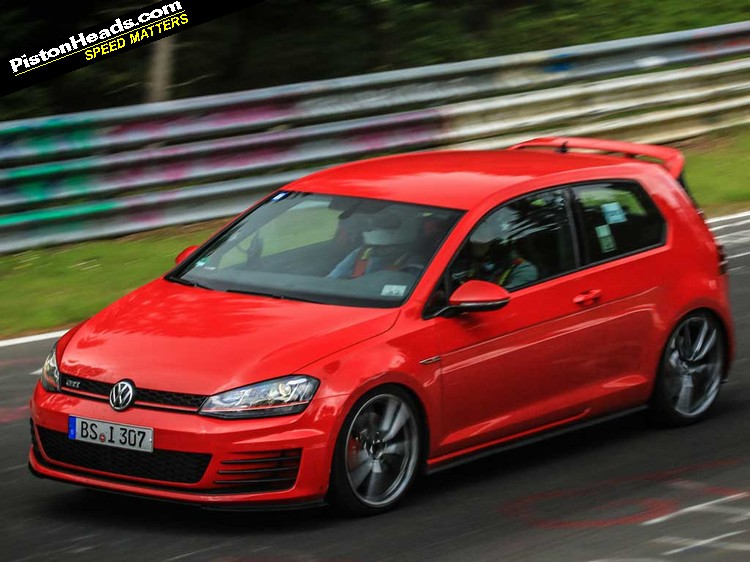 golf r 400 and gti clubsport spotted pistonheads. Black Bedroom Furniture Sets. Home Design Ideas