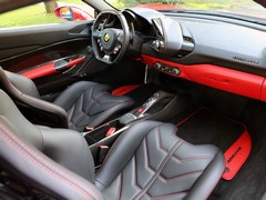 Cabin will be familiar to 458 owners