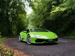 Huracan's case helped by a coat of lurid paint