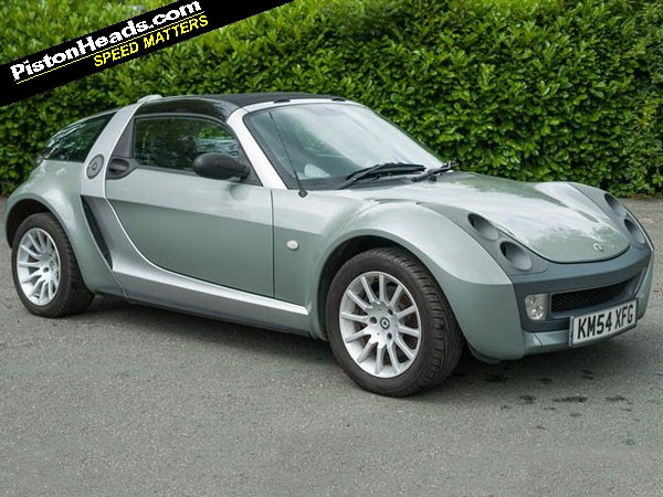re shed of the week smart roadster coupe page 1 general smart roadster coupe normally messrs trent and bird are quite relaxed about shed's pitch for friday morning notoriety every wednesday, there's a sort of gentle chat between the