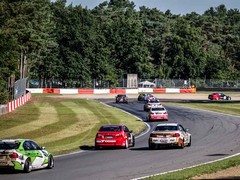 Jam-packed qualifying session