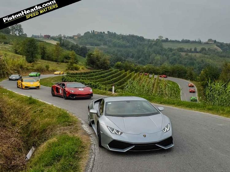 Ph Gatecrashes Lamborghini S Italian Tour Pistonheads