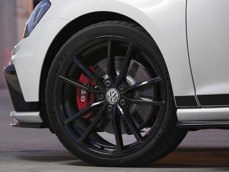 Volkswagen Golf GTI Clubsport: Driven   PistonHeads