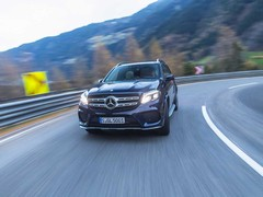 Lives up to the S-Class SUV billing on the road