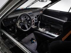 Cage, manual, no airbag - proper!