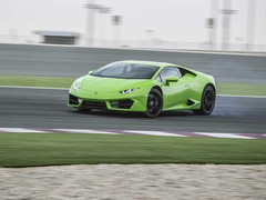 Bring on more RWD Lambos please!