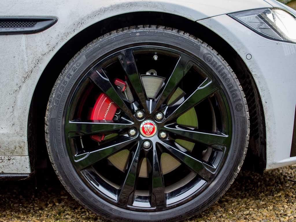 Natty 20-inch wheels a £1,200 option