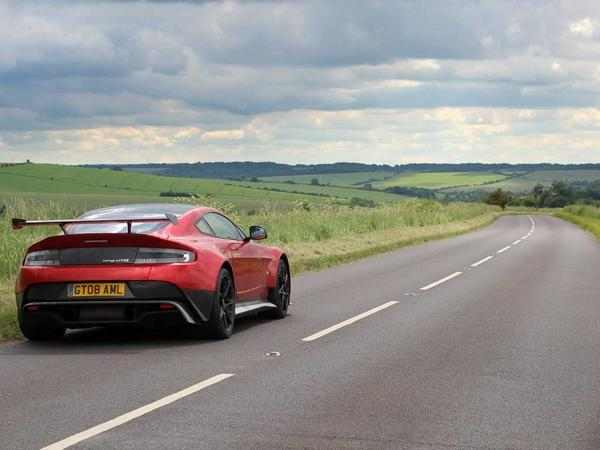re: aston martin v8 vantage gt8: review - page 1 - general gassing