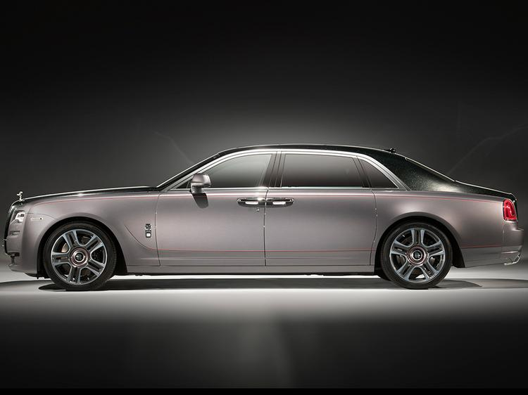 Forever, 1000 Times: Rolls-Royce Drips Diamonds over a Custom Ghost