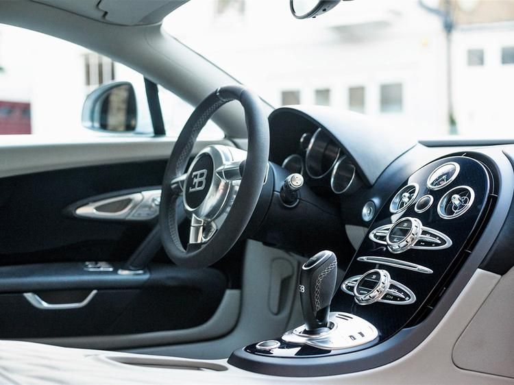 bugatti veyron price in philippines bugatti veyron 16 4. Black Bedroom Furniture Sets. Home Design Ideas
