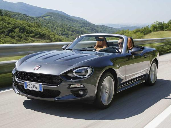 used 2016 fiat 124 spider multiair lusso plus for sale in west sussex pistonheads. Black Bedroom Furniture Sets. Home Design Ideas
