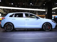 Are five-door hot hatches really better?