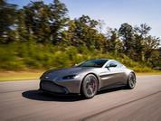 Aston Martin Vantage: Lift off