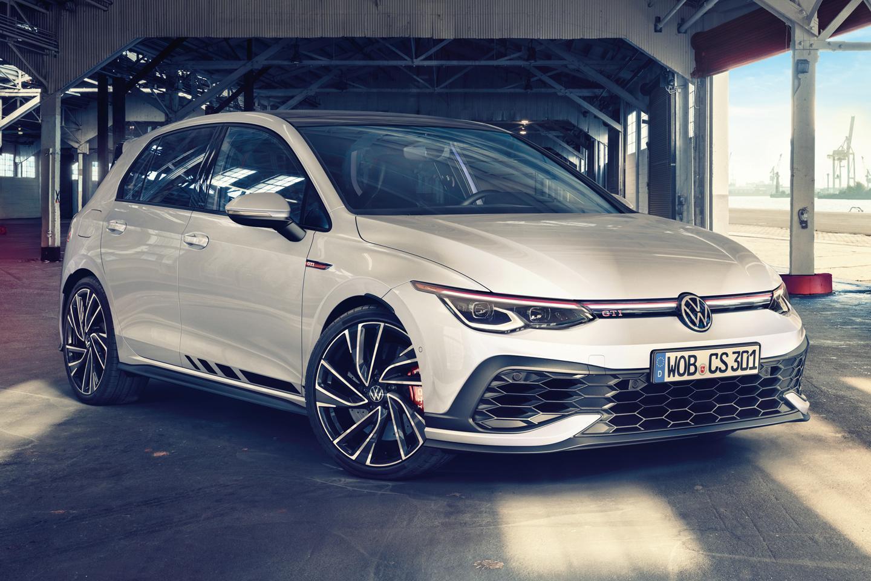 New VW Golf GTI Clubsport 300hp 2021 1